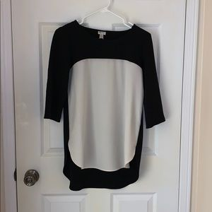 3/35 Dynamite Black & White Blouse